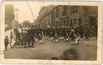 Seaforth Highlanders TA pipes & drums