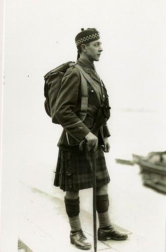 Officer, Argyll & Sutherland Highlanders