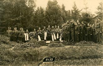 Funeral at Stalag IX-C