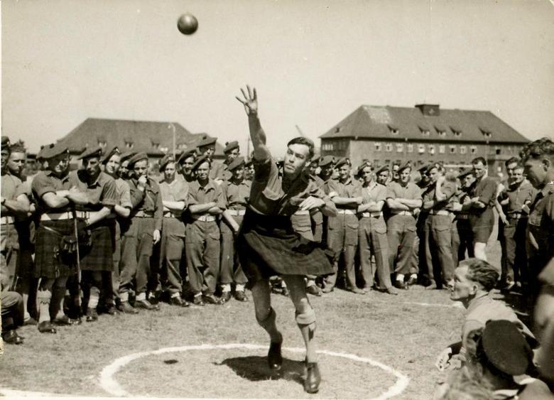 Hugh Robertson throwing shotput