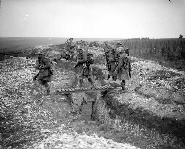 Captured Comms. Trench nr. Ribecourt