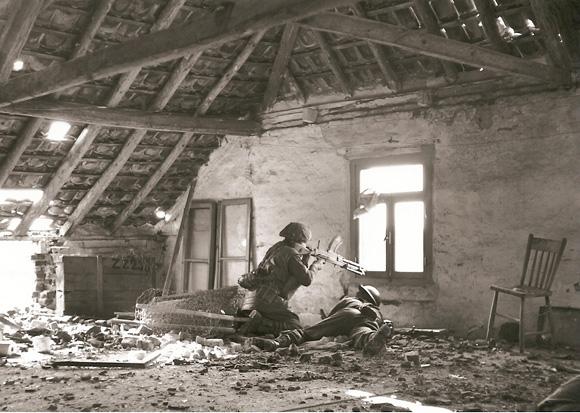 Bren Gunner, Feb, 1945